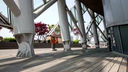 서울 반포 세빛섬의 기둥