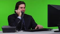 Geschaeftsmann am Telefon - Green Screen Version --- business man taking a phone call - green screen version.