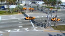 Tilt Shift Clip einer Strassenkreuzung in Downtown Miamis - tilt shift clip of a busy intersection in Miami