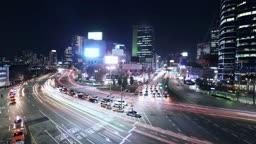 서울 중구 서울역 교차로 퇴근길 차량 야경