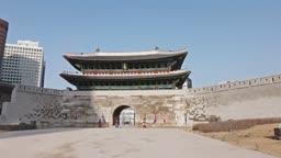 서울 중구 숭례문 수문장 낮 풍경