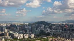 서울 여름 남산타워 일대 종로구와 중구 도심 구름 전경