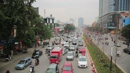 베트남 하노이 길거리 러시아워 모습